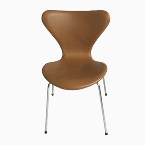 Vintage 3107 Butterfly Chair in Leather by Arne Jacobsen for Fritz Hansen