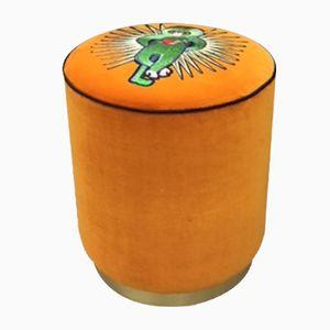Puf Milos en naranja de Dinsh London