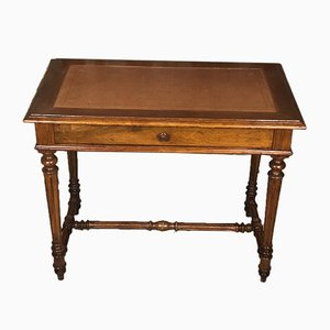 Antiker Schreibtisch oder Tisch aus Nussholz