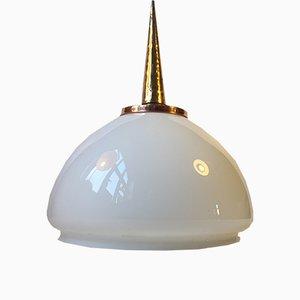 Lámpara colgante de vidrio opalino, cobre y latón, años 70