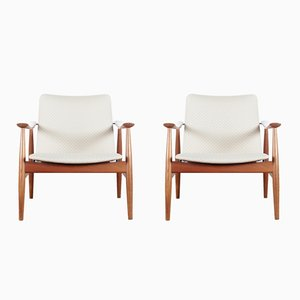 Vintage Model 138 Armchairs by Finn Juhl for France & Søn, Set of 2