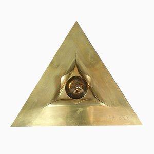 Escultura 'The Triangle of the Eternal Woman' de Miroslav Brozek, 1987