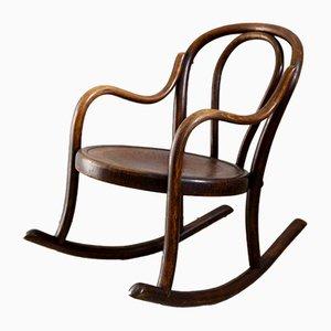 Sedia a dondolo da bambino in legno curvato di Fischel, anni '10