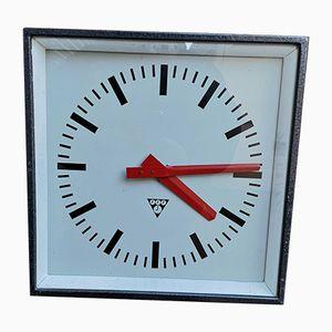 Horloge d'Usine Carrée Tchèque de Pragotron, 1960s
