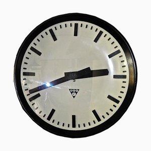 Orologio di fabbrica in bachelite di Pragotron, Repubblica Ceca, anni '60