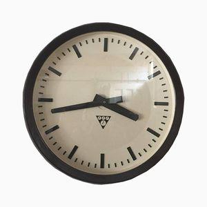 Horloge Tchèque en Bakélite de Pragotron, 1960s