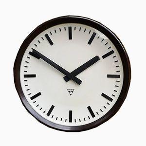 Grande Horloge d'Usine Tchèque en Bakélite de Pragotron, 1950s