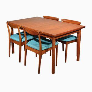 Mesa de comedor extensible danesa Mid-Century de teca con cuatro sillas de Greaves & Thomas