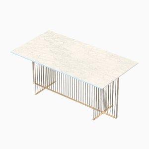 Tavolo da pranzo MEISTER grande in ottone con ripiano in marmo bianco di Alex Baser per MIIST