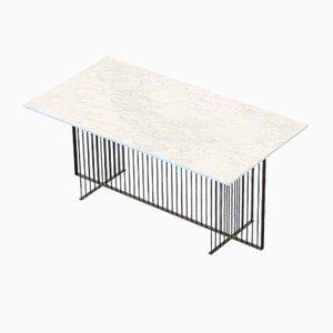 Mesa de comedor MEISTER grande negra con superficie de mármol blanco de Alex Baser para MIIST