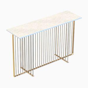 Vermessingter MEISTER Konsolentisch mit weißer Tischplatte aus Marmor von Alex Baser für MIIST