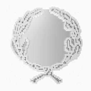 Specchio Emblema in marmo bianco Statuario di Michele Chiossi per MMairo, Italia