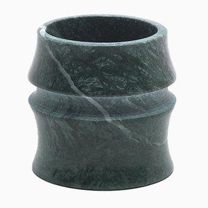 Taza pequeña Kadomatsu de mármol de Guatemala verde de Michele Chiossi para MMairo