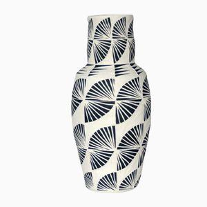Wave Vase von Dana Bechert, 2018