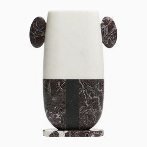 Vase Pietro en Marbre Michelangelo Blanc, Levanto Rouge et Marquinia Noir par Matteo Cibic pour MMairo