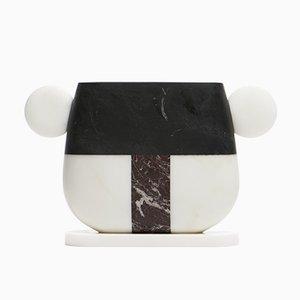 Vase Notch en Marbre Michelangelo Blanc, Marquinia Noir et Levanto Rouge par Matteo Cibic pour MMairo
