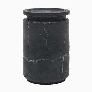 Vasetto Pyxis L in marmo nero Marquinia di Ivan Colominas per MMairo