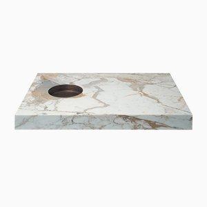 Tavolo Scoop Fumo in marmo Calacatta oro e ottone di Stefano Belingardi Clusoni per MMairo