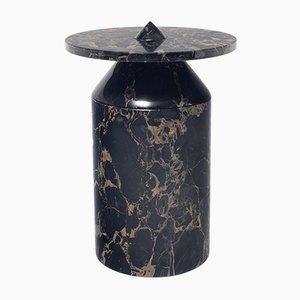 Tavolino Totem in marmo nero Portoro di Karen Chekerdjian per MMairo