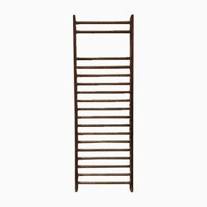 Escalera vintage de madera