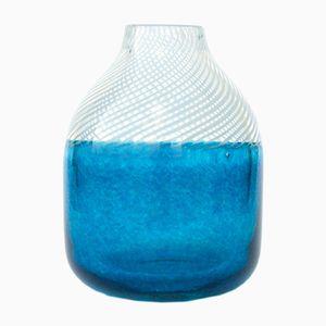 Kleine Vase aus der idyllischer Sommer Kollektion von Studio Sahil