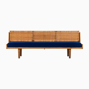 Daybed by Hans Wegner for Getama, 1950s