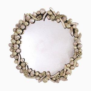 Specchio rotondo con decorazioni a forma di frutta, anni '60
