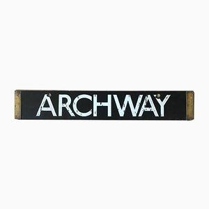 Insegna della fermata Colindale, Archway della metropolitana di Londra 1938