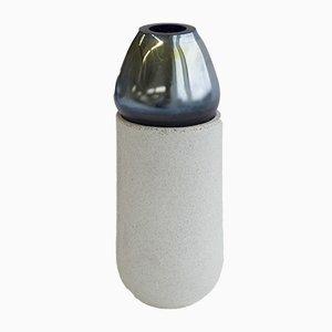 Mittelgroße Vase aus schimmerndem Glas aus der Nordic Mood Kollektion von Ekin Kayis