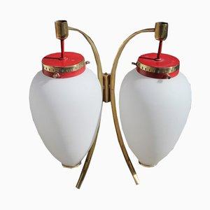Rot lackierte Wandlampen aus Messing & satiniertem Glas von Stilnovo, 1950er, 2er Set