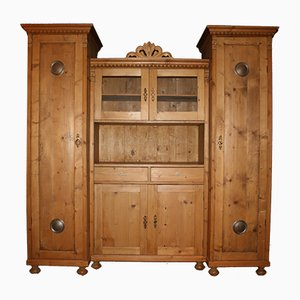 Grand Buffet Antique en Bois Tendre
