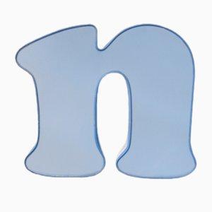 Lettera N vintage blu e bianca con luce