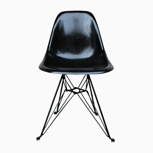 Schwarzer DSR Stuhl aus Glasfaser von Charles & Ray Eames für Herman Miller, 1970er