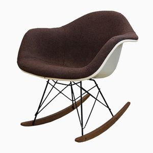 Sedia a dondolo RAR di Charles & Ray Eames per Vitra, anni '70
