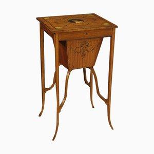 Mesa de costura inglesa antigua con incrustación