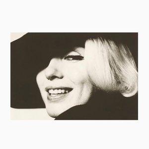 Impresión Marilyn with Hat de gelatina de plata de Bert Stern, años 90