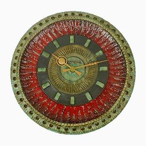 Orologio da parete grande Mid-century in ceramica con decoro in rilievo di Silberdistel