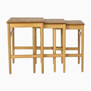 Tavolini ad incastro in teak e quercia di Hans J. Wegner per Andreas Tuck, anni '50