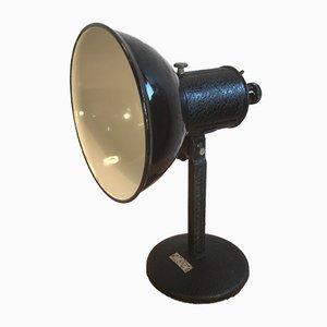 Lámpara de mesa industrial esmaltada en negro, años 50