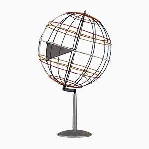 Globo terráqueo Mid-Century de alambre, años 50
