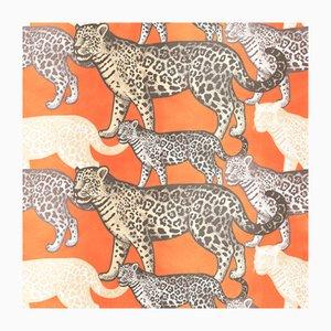 Rivestimento murale in tessuto con leopardi di Chiara Mennini per Midsummer-Milano