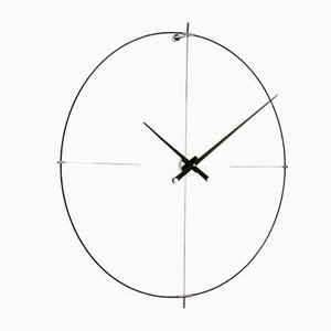 Horloge Bilbao Noire par Jose Maria Reina pour NOMON