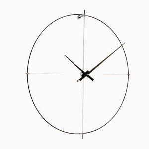 Schwarze Bilbao Uhr von Jose Maria Reina für NOMON