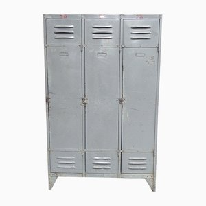 Industrieller Vintage Spind aus Stahl mit 3 Türen