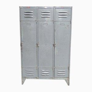 Taquilla industrial vintage de acero con tres puertas