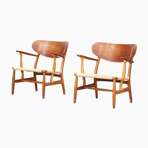 CH 22 Oak Lounge Chairs by Hans J. Wegner for Carl Hansen & Søn, 1955, Set of 2