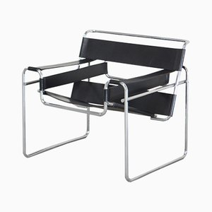 Vintage B3 Wassily Chair in Black Leather by Marcel Breuer for Knoll International