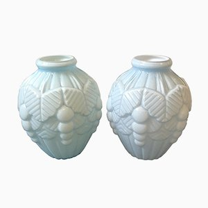 Vases Art Deco en Opaline Bleu Clair, France, 1930s, Set de 2