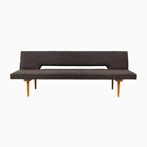 Mid-Century Sofa oder Tagesbett von Miroslav Navratil, 1960er