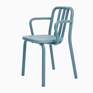 Graublauer Armlehnstuhl aus Aluminiumrohr von Mobles114